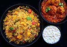 Indische Thali of Indische maaltijd stock foto's