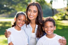 Indische vrouwenkinderen Royalty-vrije Stock Afbeeldingen