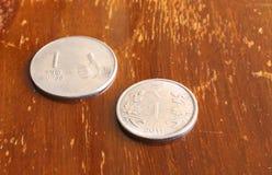 Indische Währung eine Rupien-Münze Stockfotos