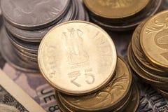 Indische Währungs-Rupien-Münzen Stockfotos