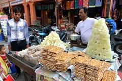 Indischer Imbiss auf Straße, Jaipur Lizenzfreie Stockfotos