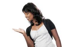 Indischer Jugendlicher auf weißem Hintergrund Stockfoto