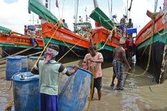 Indischer Schleppnetzfischer Stockfotografie