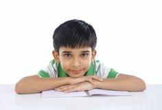 Indischer Schuljunge Lizenzfreie Stockfotos