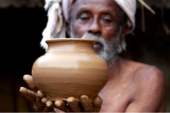 Indischer Töpfer Lizenzfreie Stockbilder
