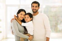 Indisches Familienporträt stockbild