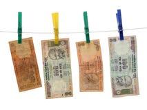 Indisches Geld auf dem Seil Stockfoto