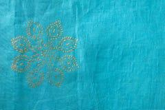Indisches Gewebe mit Blumenauslegung Stockbilder