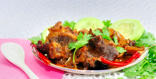 Indisches Hammelfleisch Korma (Hammelfleisch-Curry, Fleisch-Curry) Lizenzfreies Stockfoto
