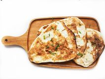 Indisches naan Brot lokalisiert lizenzfreie stockbilder