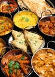 Indisches Nahrungsmittelcurry-Bankett Stockbild