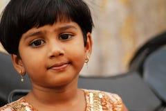 Indisches nettes kleines Mädchen Lizenzfreies Stockfoto