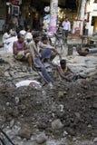 Indisk arbetare på gammala Delhi, Indien Royaltyfri Fotografi