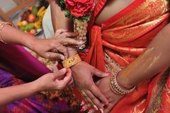 Indisk armringceremoni Arkivfoto