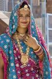 Indisk brud i Rajasthan - Indien Royaltyfri Fotografi