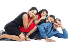Indisk familj arkivbilder