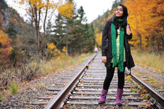 Indisk flicka i Fallsäsong Arkivfoto