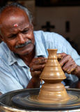 indisk gammal keramiker Arkivbild