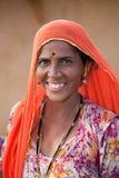 Indisk kvinna från den Thar öknen i Rajasthan, Indien Arkivfoto