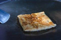 Indisk mat som göras av mjöl royaltyfri bild