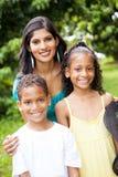 Indisk moder och barn Arkivfoto