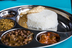 Indisk restaurang och indiernärmare detaljmat Royaltyfri Foto