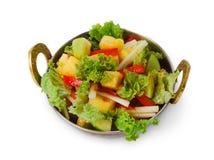 Indisk restaurangmaträtt för strikt vegetarian och för vegetarian, isolerad sallad för ny grönsak Fotografering för Bildbyråer
