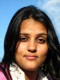 indisk ståendekvinna Arkivbild