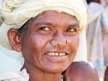 indisk stam- kvinna Arkivfoto