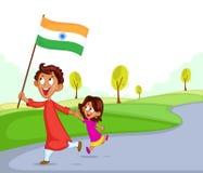 Indisk syskongrupp med flaggan av Indien Arkivbilder