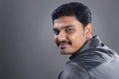 Indisk ung man arkivfoton