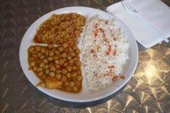 Indisk vegetarisk maträtt royaltyfri bild