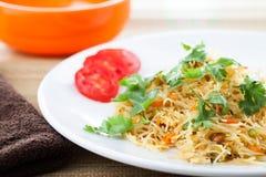 Indisk vegetarisk maträtt som är förberedd från vermicel Arkivfoton