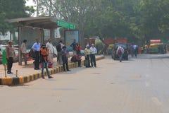 Indiska busspendlare New Delhi Indien Arkivfoton