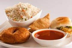 Indiska frukostmellanmål Arkivfoton