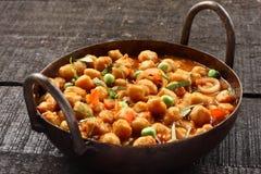 Indiska kokkonst-kryddiga fågelungeärtor Chola Masala Royaltyfri Foto