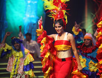 indiska kulöra dansare Arkivfoto