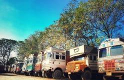 Indiska lastbilar i lastbilunion av Indien arkivbilder