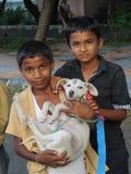 indiska pojkar Arkivfoton