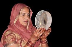 indiska rena traditionella kvinnor royaltyfria foton
