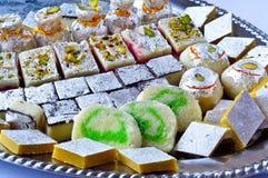 Indiska sötsaker - Mithai arkivfoto