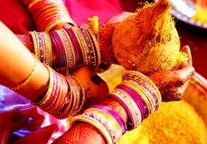 Indiskt bröllop fotografering för bildbyråer