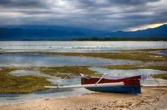 Indiskt hav, lågvatten, fiskebåtar Indonesien Gili Air Otta lågvatten Arkivfoto