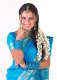 indiskt le för uttrycksflicka Royaltyfri Foto