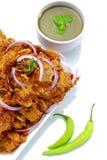 Indiskt recept, lökpakodarecept, grönsak Pakora eller lök Bhajis, södra indisk lökpakoda arkivbilder