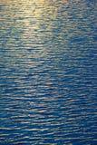 indiskt vatten för textur för havshinesun Arkivfoton