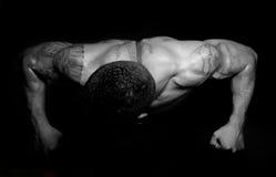 Indivíduo muscular Foto de Stock Royalty Free