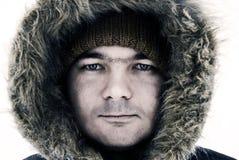 Indivíduo na capa do inverno Fotografia de Stock Royalty Free