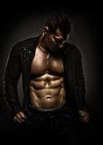 Indivíduo 'sexy' muscular Imagens de Stock Royalty Free