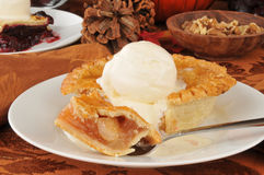Individual sized apple pie Royalty Free Stock Photos